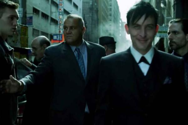 GOTHAM Villanos - Movistar +